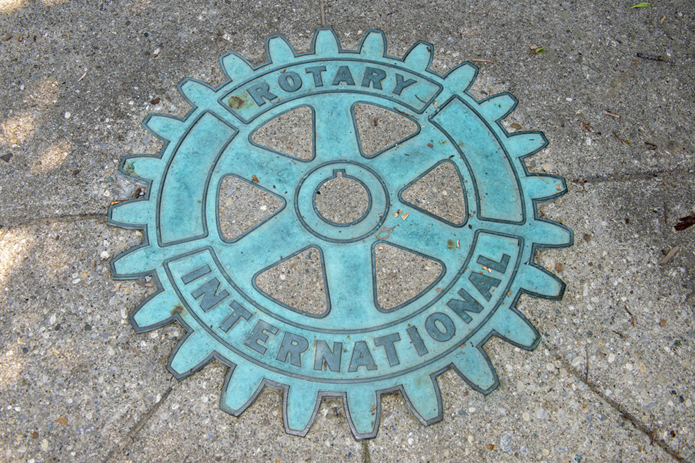 RotartyGrove02.jpg