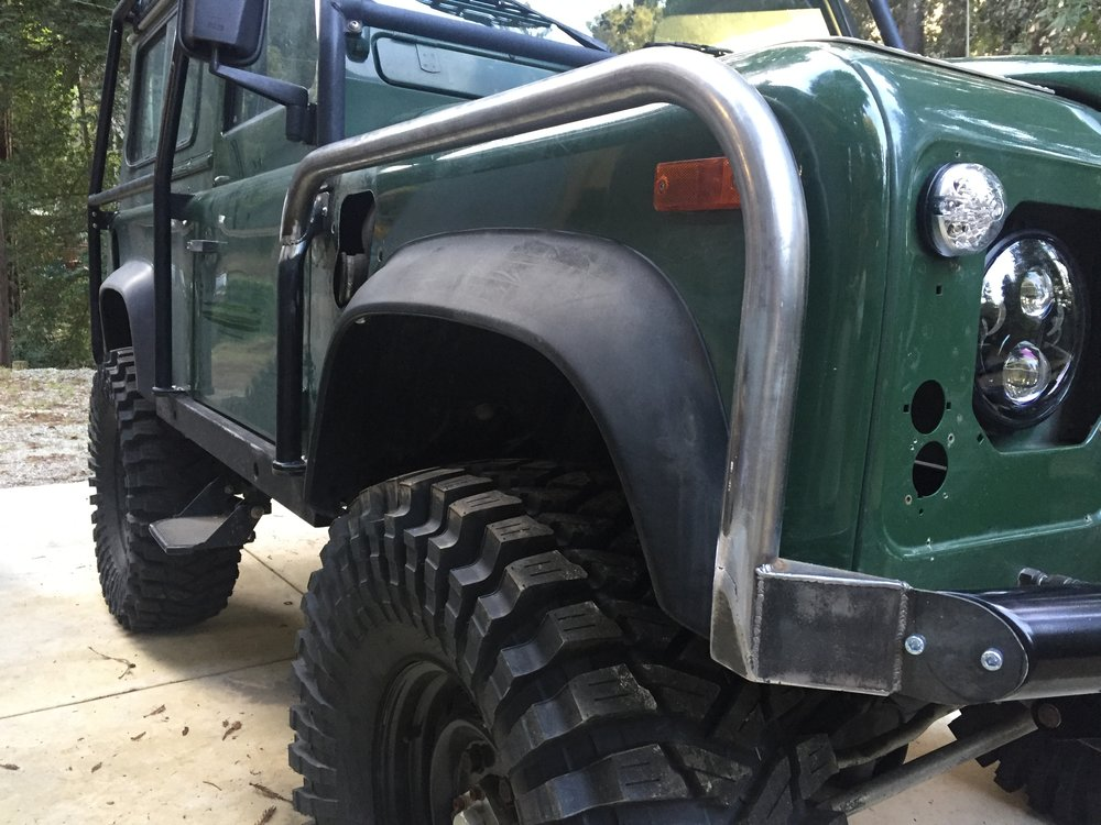 Land Rover Defender Roll Cage