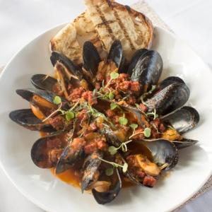 Steamed mussles