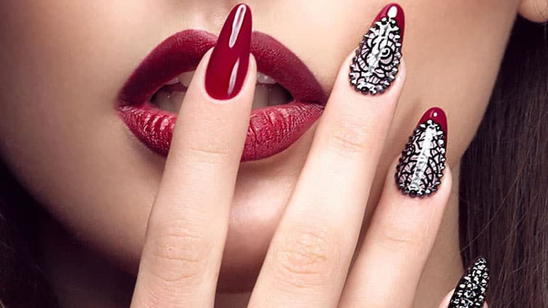 We offer a variety of Manicure services