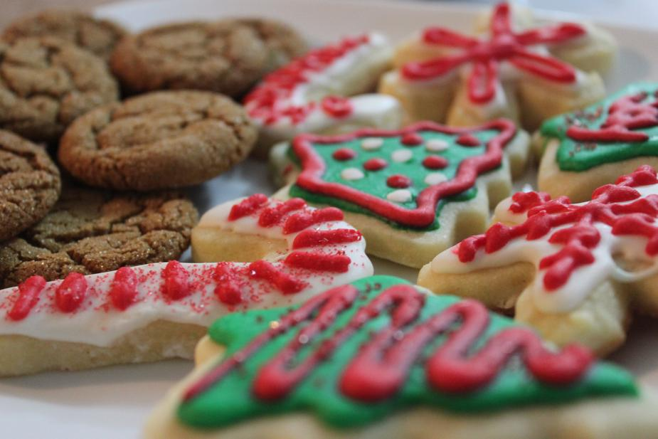 Cookies - Students will also decorate a Christmas cookie, so be sure to let us know about any dietary restrictions when booking.
