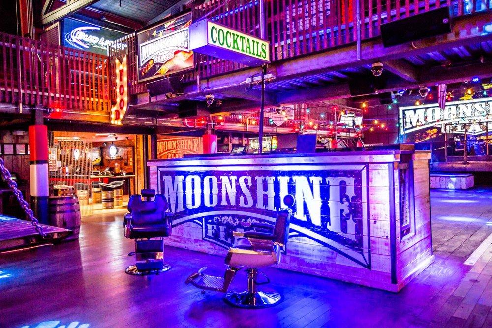 moonshine+flats+interiors-4727-3216014639-O.jpg