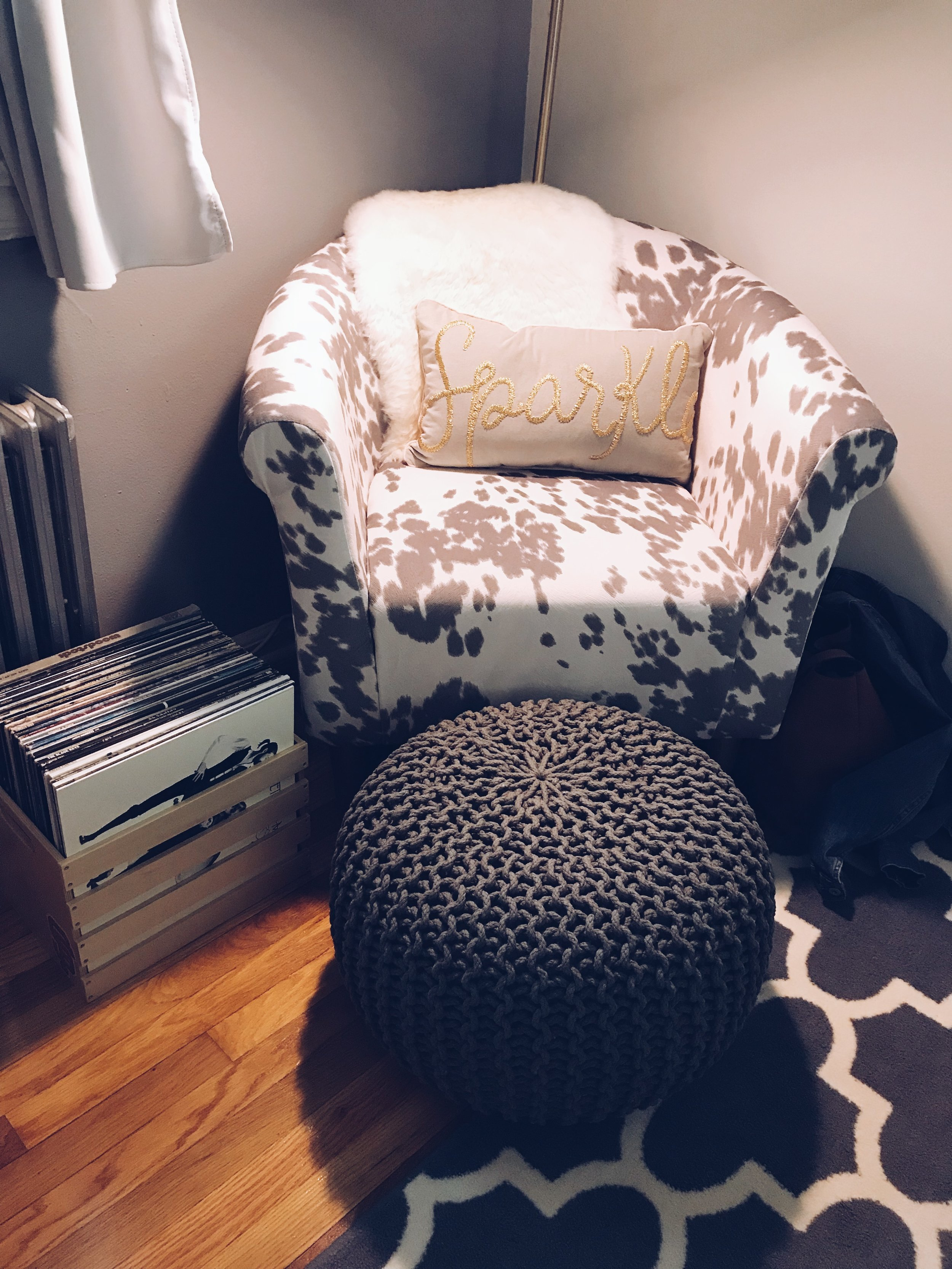 decorate a small space fabulously