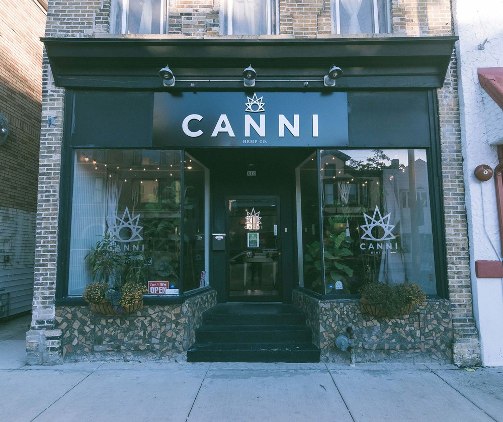Canni_Contact_Store_1.jpg