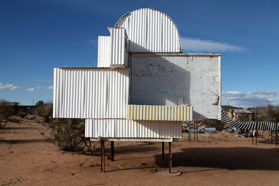 "Noah Purifoy, ""Ode to Frank Gehry,"" 1999"