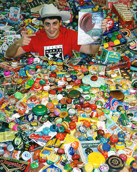 Seen: A large part of Luckey Meisenheimer's yoyo collection in a big pile (Over 3000 yoyos)   https://www.yo-yos.net/worlds_largest_pile_of_yo.htm