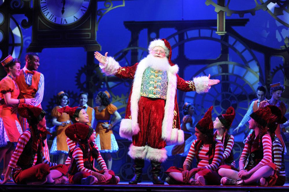 Santa Claus The Musical 11