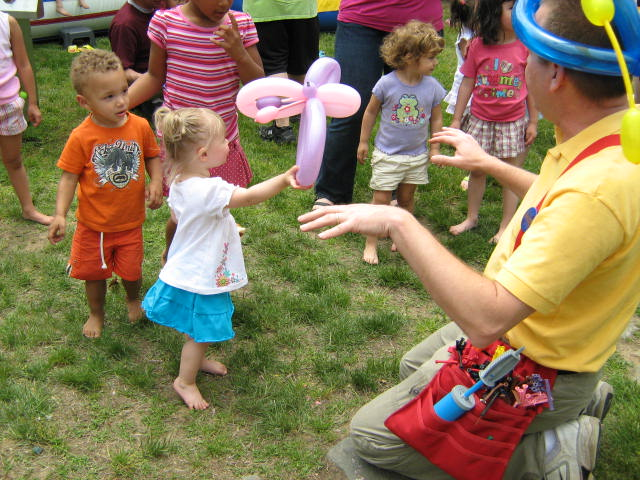 Balloon Twisting, Magic Shows and Party Games