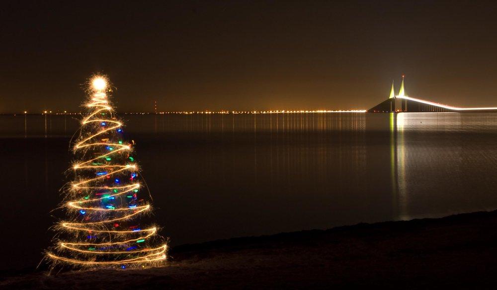 Árvore-de-Natal-de-Luz.jpg