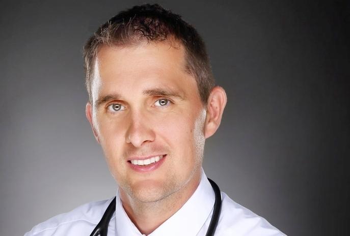 """Dr. Peter Niemann - ist den meisten coliquio-Lesern durch seine Artikel """"Arztgehälter in den USA: Lohnt sich der Gang ins Ausland?"""" oder """"Als Arzt in die USA: Pro und Contra"""" bekannt, die verschiedene Facetten des Arztdaseins in den Vereinigten Staaten beschreiben. Kontakt:peterniemann@hotmail.de; Homepage: www.arztinusa.de"""
