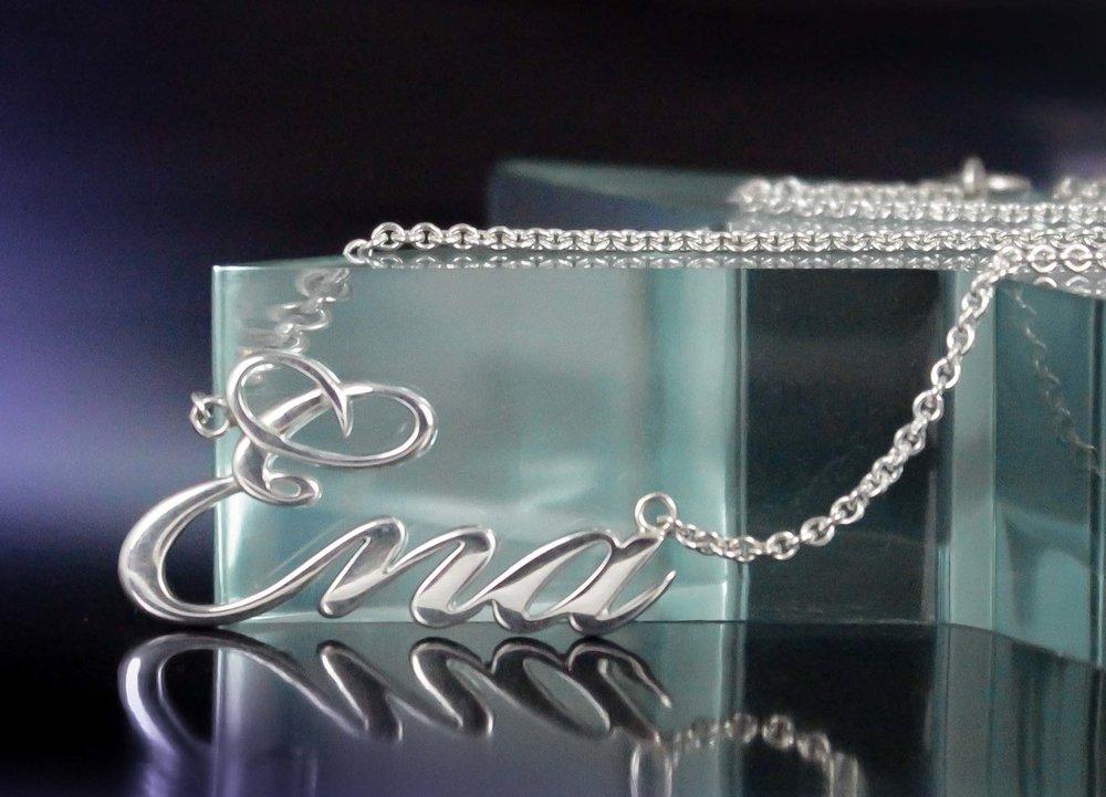 Custom name necklace Ena 2