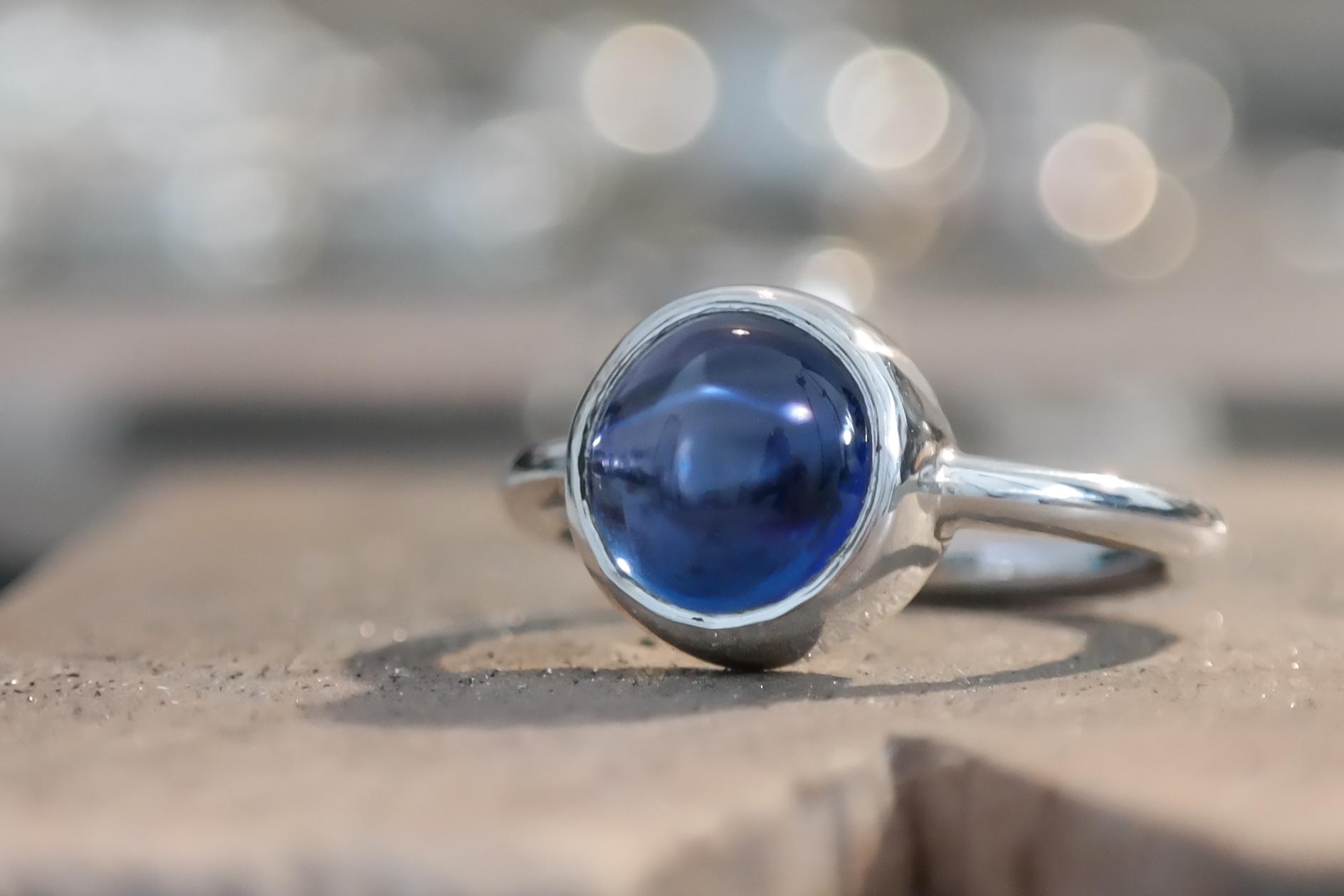 Silver sapphire cabochon ring 3