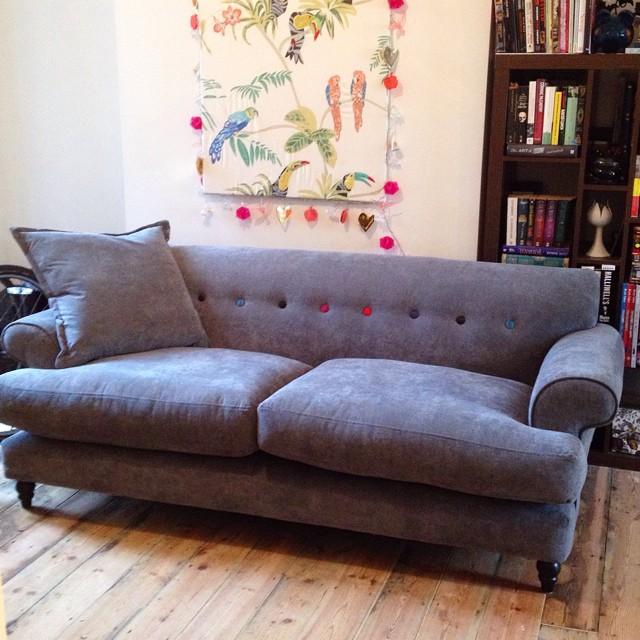 DFS Orbit Sofa