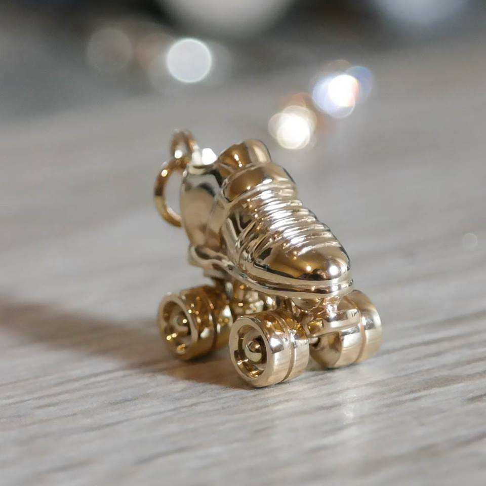 Custom roller derby charm solid 9ct gold