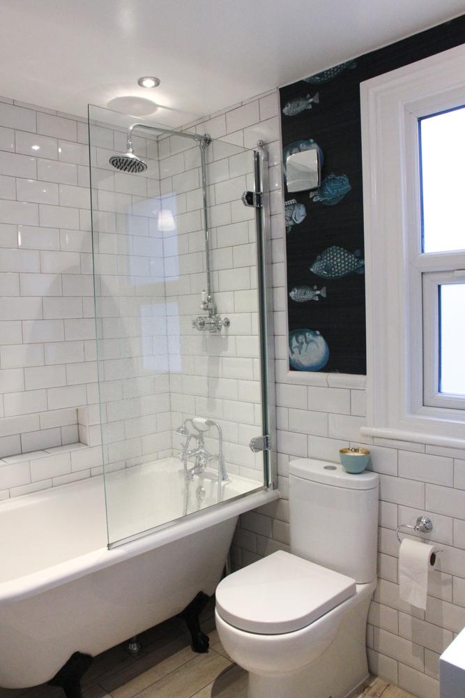 Burlington-hampton-shower-bath-with-feet