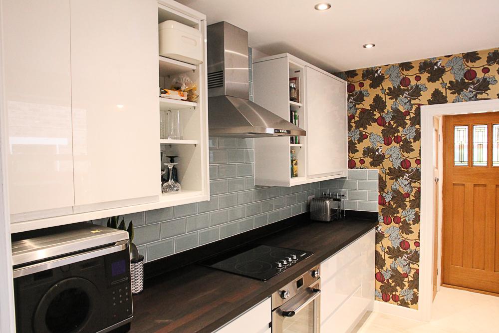 Victorian-terrace-kitchen-renovation-gloss-white-duck-egg