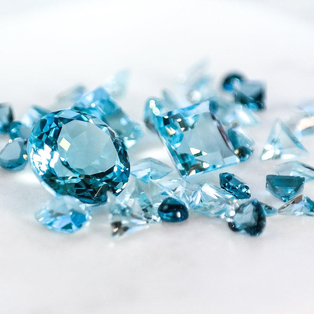 Blue topaz loose gemstones