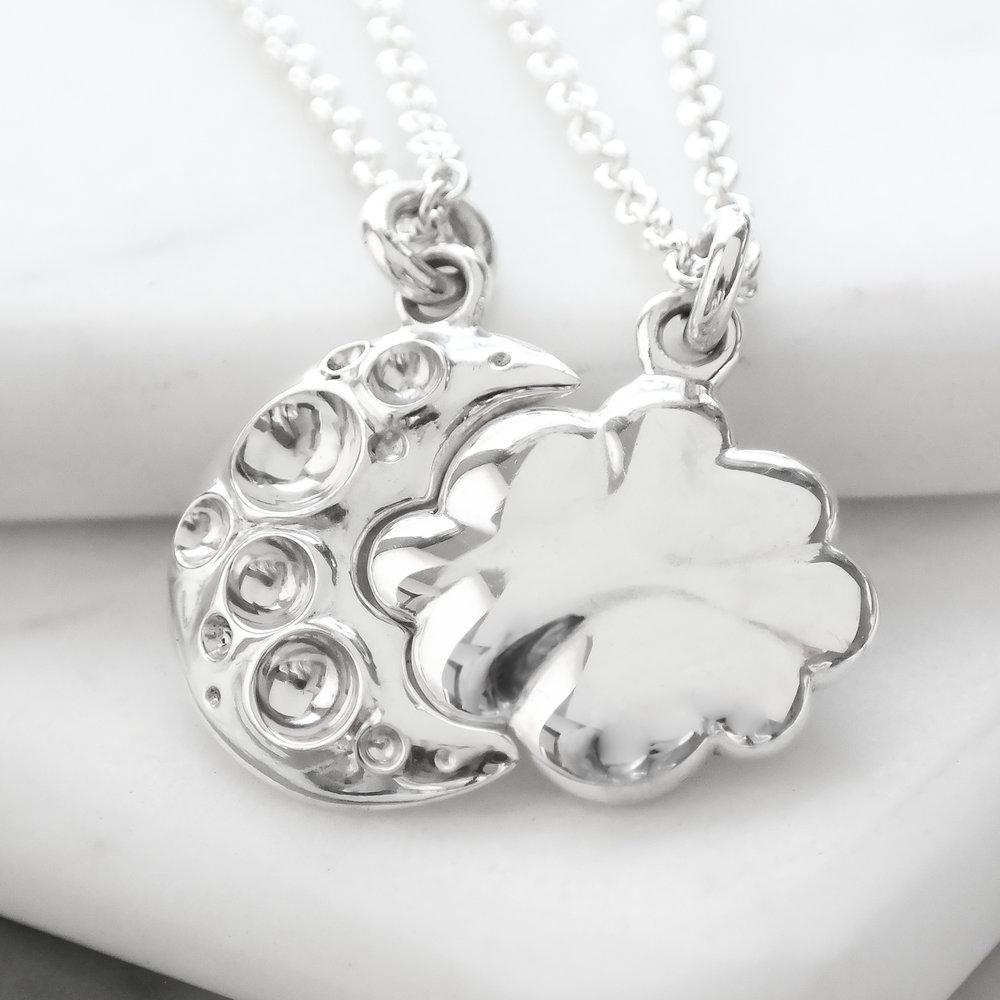 Sterling-silver-cloud-moon-interlocking-friendship-sisters-necklace.JPG