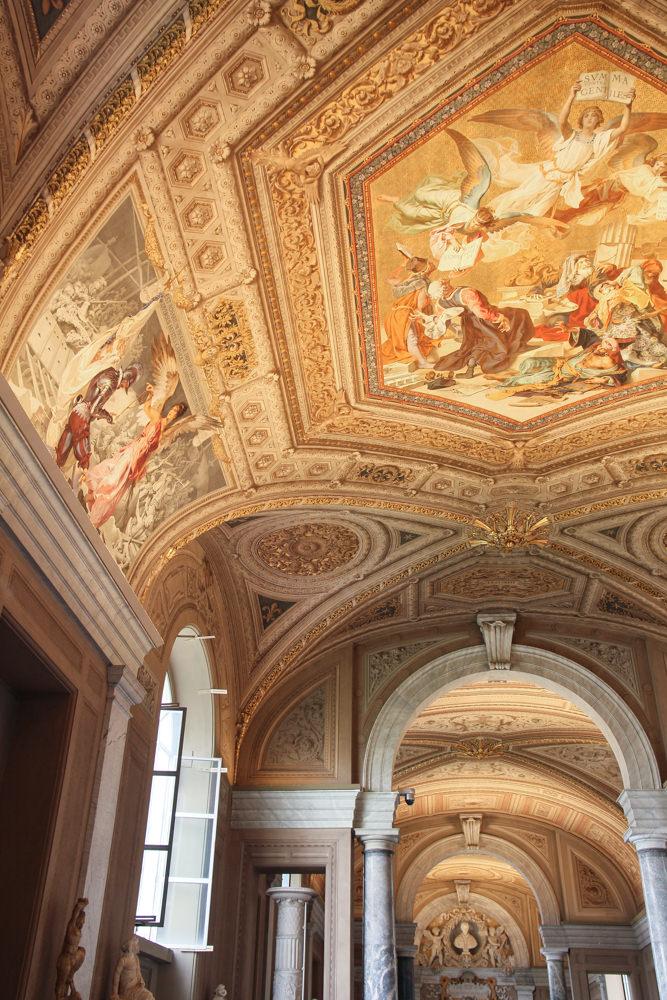 Vatican-museum-painted-ceilings.JPG