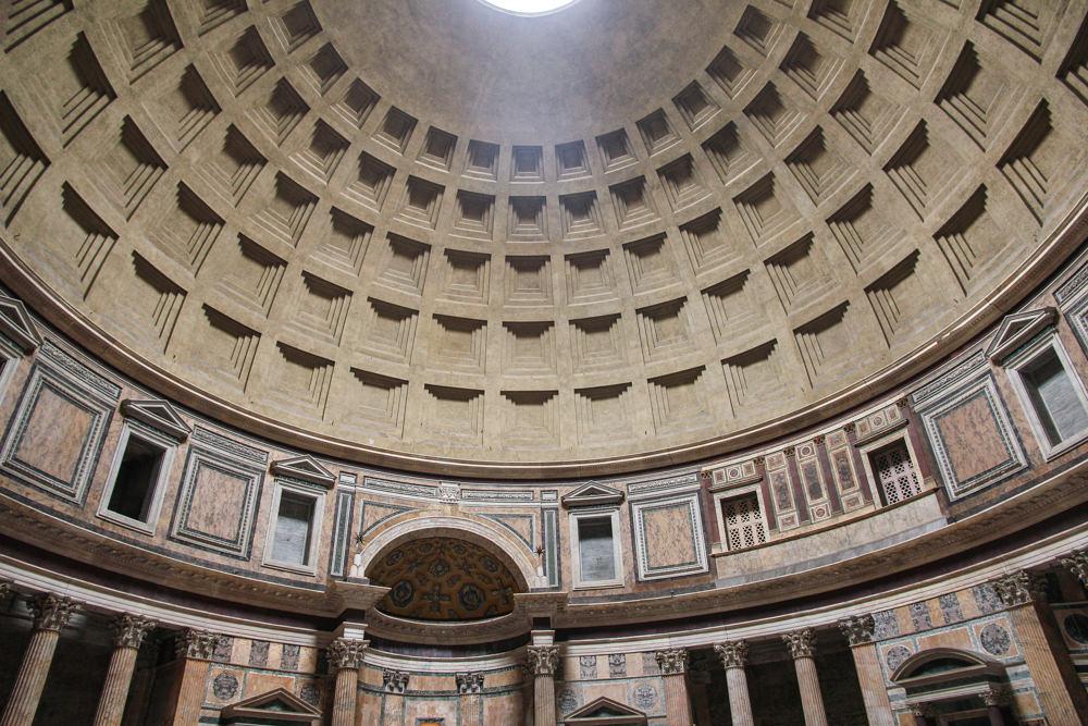 Pantheon-Rome-internal.JPG
