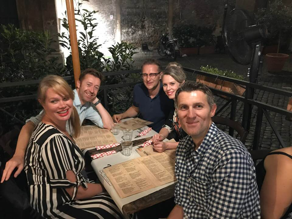 Rome-dinner-with-friends.jpg