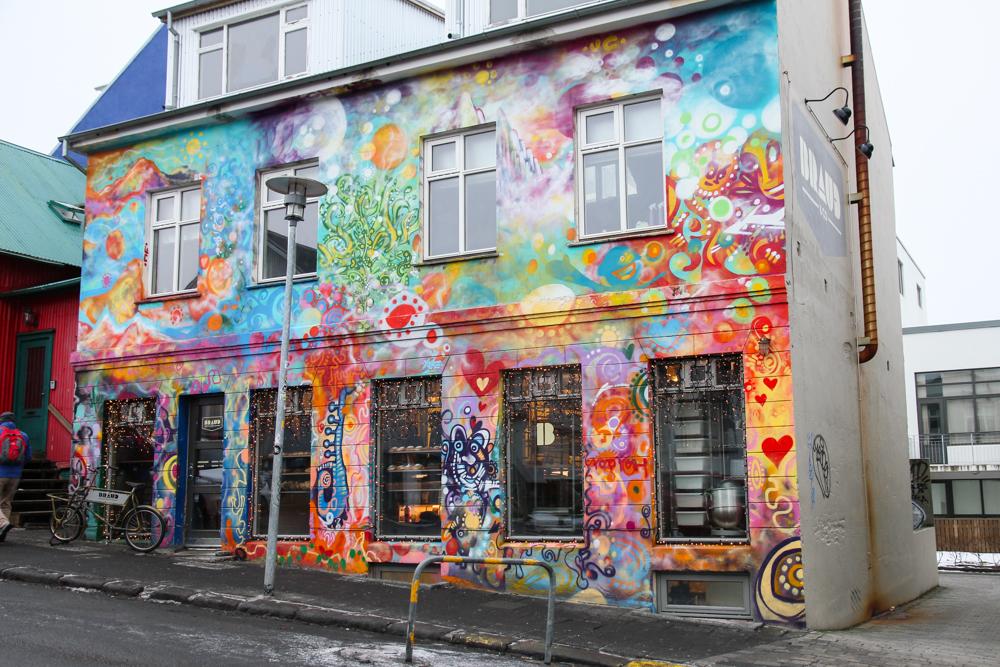 Street-art-Reykjavik-4.jpg