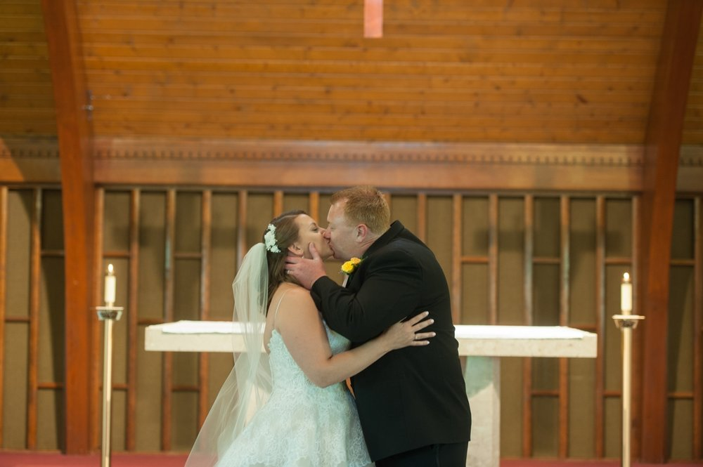 Kelly_Tom_Spice_Acres_Wedding0027.jpg