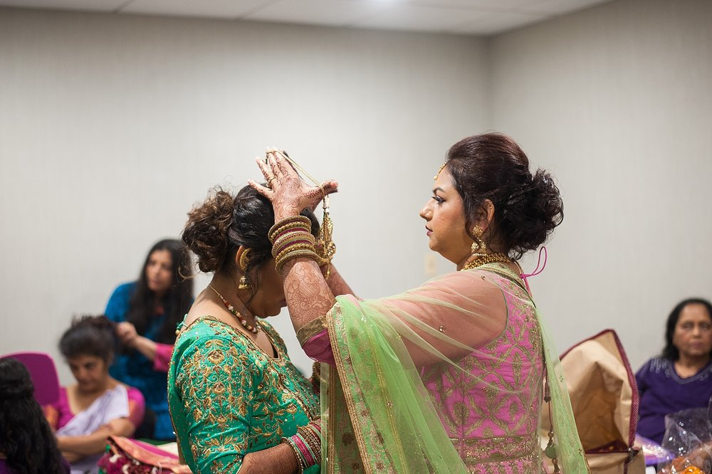Prexa_Harry_Columbus_Crown_Plaza_Indian_Wedding0003.jpg