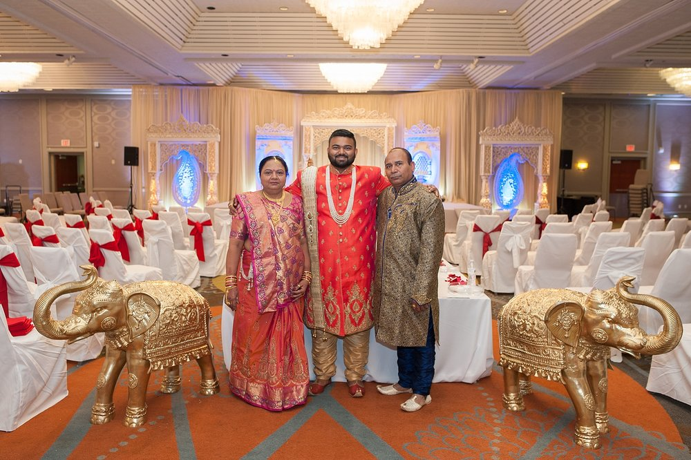 Prexa_Harry_Columbus_Crown_Plaza_Indian_Wedding0049.jpg