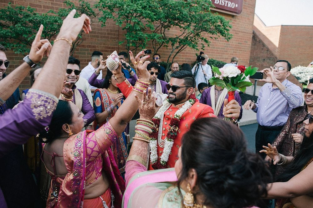 Prexa_Harry_Columbus_Crown_Plaza_Indian_Wedding0056.jpg