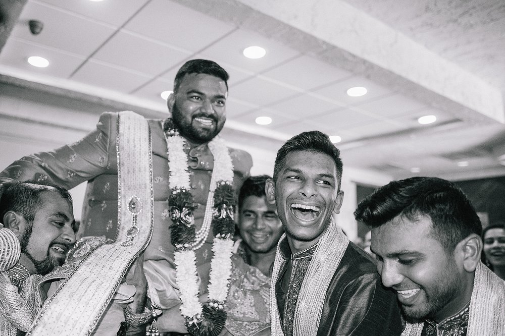 Prexa_Harry_Columbus_Crown_Plaza_Indian_Wedding0062.jpg