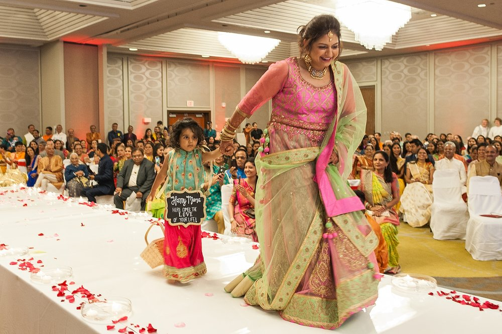 Prexa_Harry_Columbus_Crown_Plaza_Indian_Wedding0066.jpg