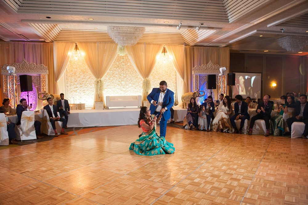 Prexa_Harry_Columbus_Crown_Plaza_Indian_Wedding0112.jpg