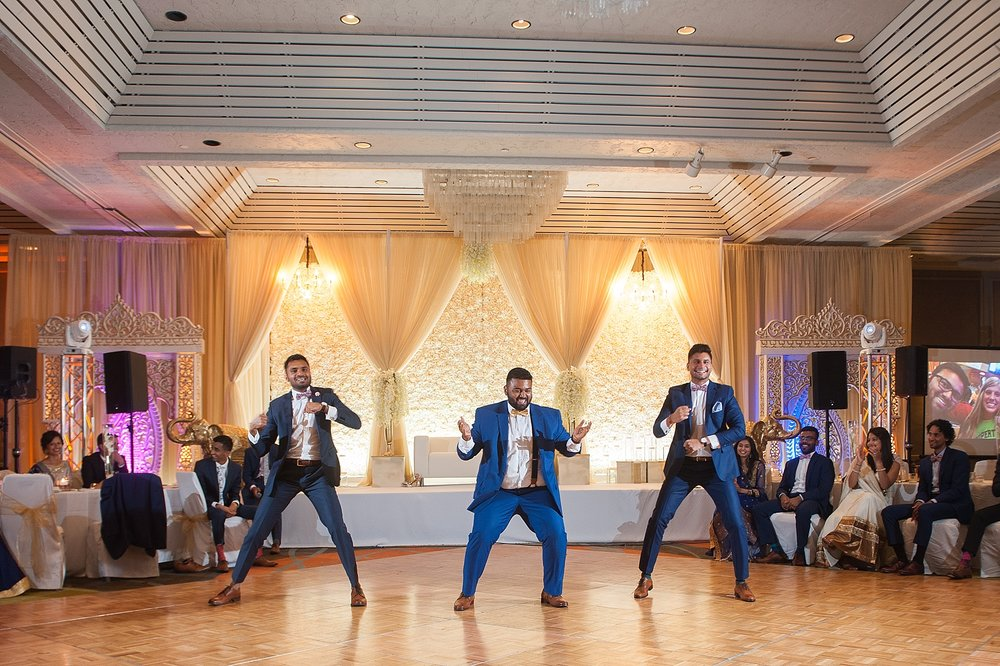 Prexa_Harry_Columbus_Crown_Plaza_Indian_Wedding0116.jpg