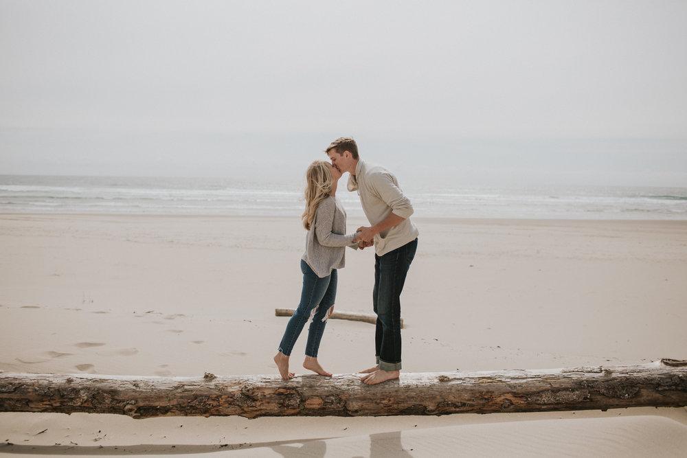 Caroline and Mitch-16.jpg