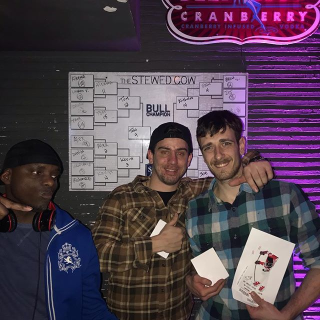 Always a winner @thestewedcow. Cheers and enjoy your NJ Devils game #stewedcow #hoboken #mechanicalbullriding #getstewed #nhlhockey