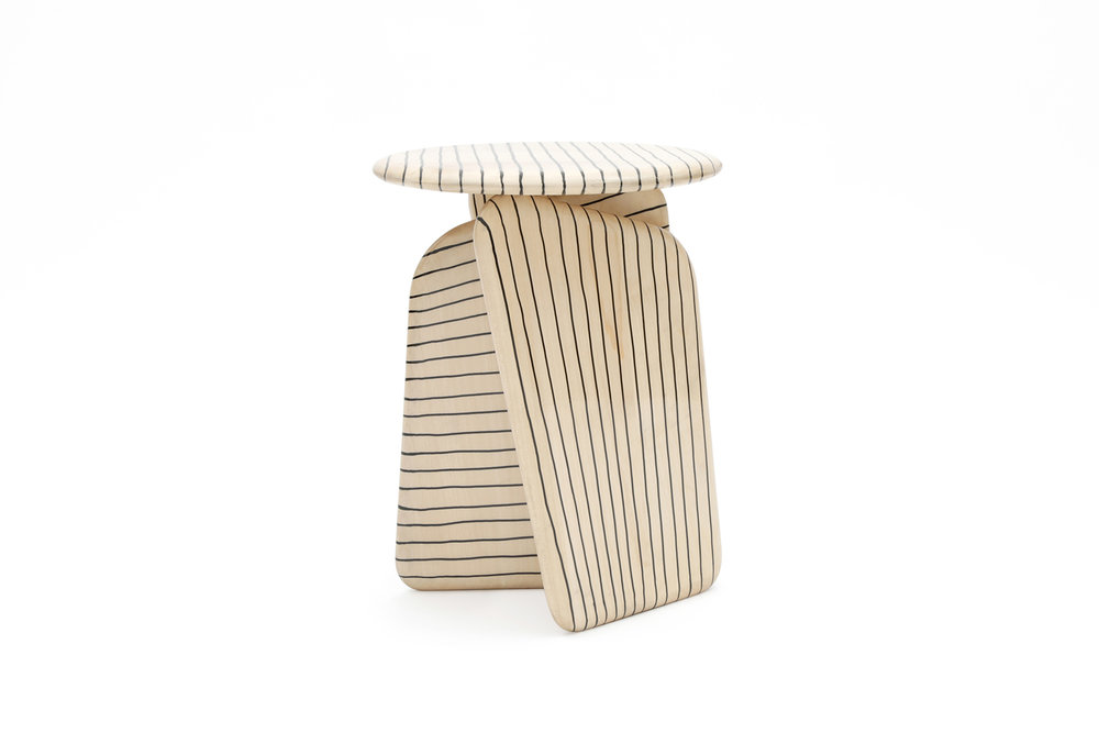 Tabouret vent contraire - Collection by Hands.