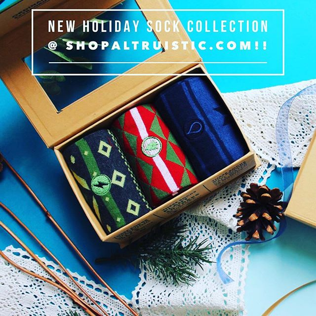 Don't forget to use promo code BLACKFRIDAY for 25% off @ shopaltruistic.com #consciousclothing #christmasiscoming #christmasgiftsideas #socks #socksfetish #socksthatgiveback #sockswag #dogoodfeelgood #dogoodforothers #clothesthatgiveback #winterfashion #blackfriday #mensocks #holidaygifts #holidayswag