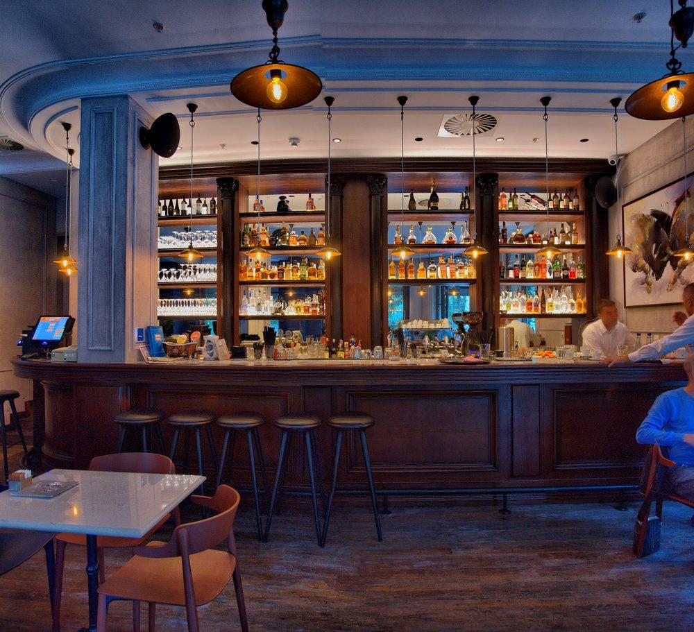 commercial interior 5.jpg