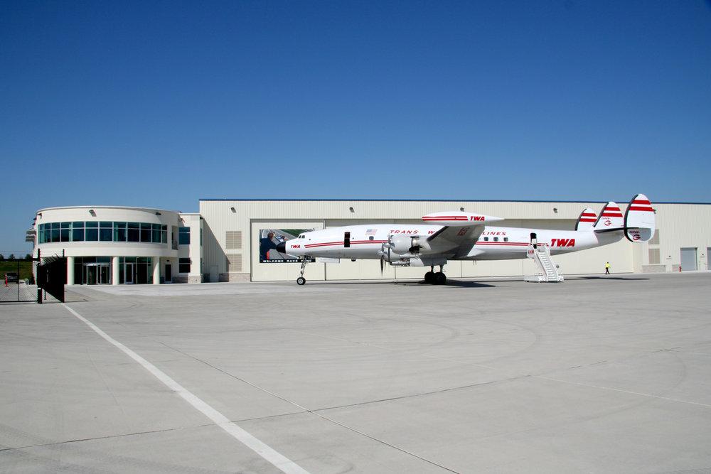 Hangar10_Exterior_Edit.jpg