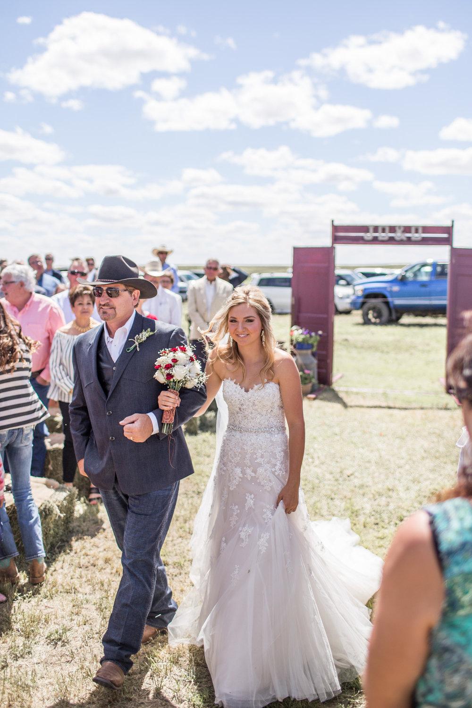 11_Bergin-Wedding-35_western,_wedding,.jpg