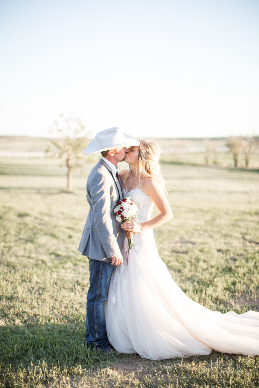 Texas Wedding Blog Buckskin Bride