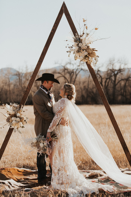 Wedding Blog Buckskin Bride