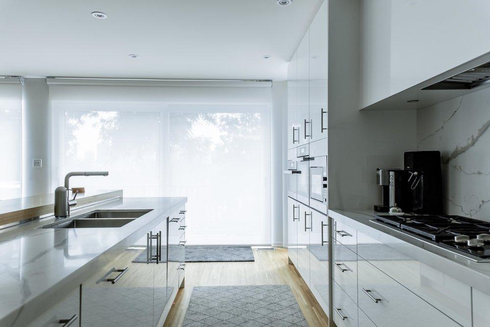 DSC_9123 - Kitchen Window Low.jpg