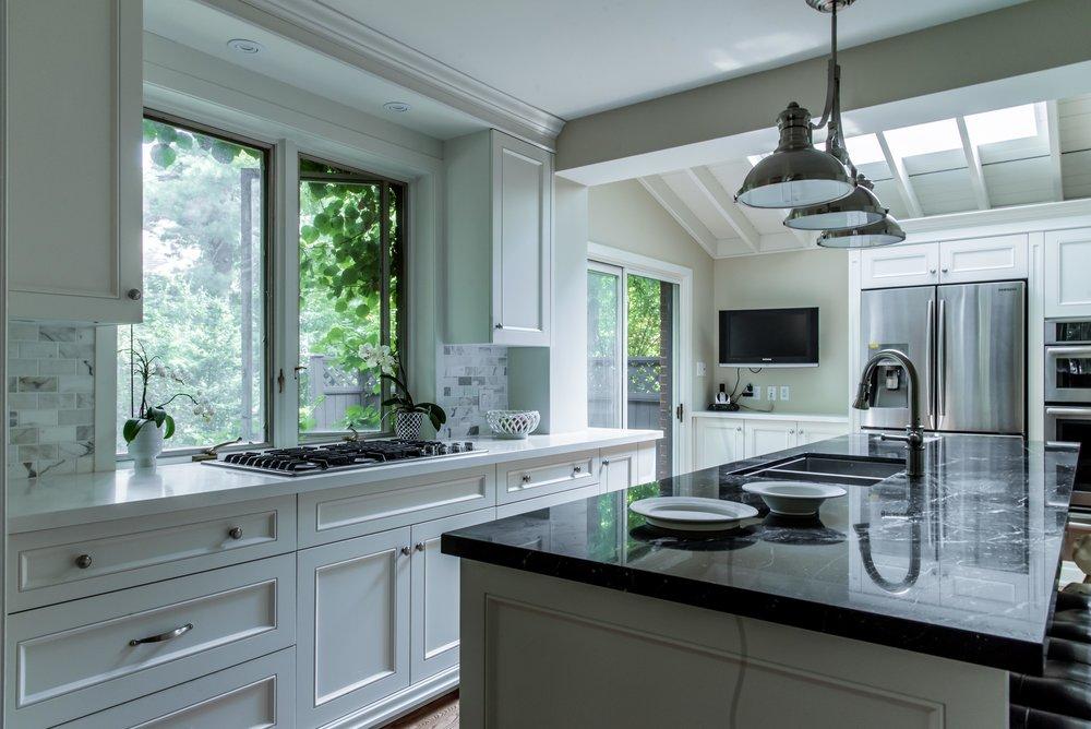 DSC_9160 - Kitchen After Low.jpg