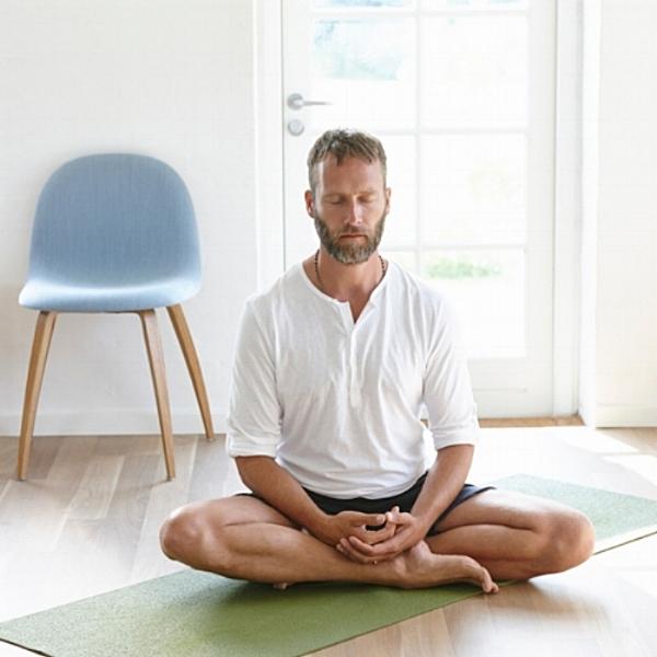 man meditate.jpg