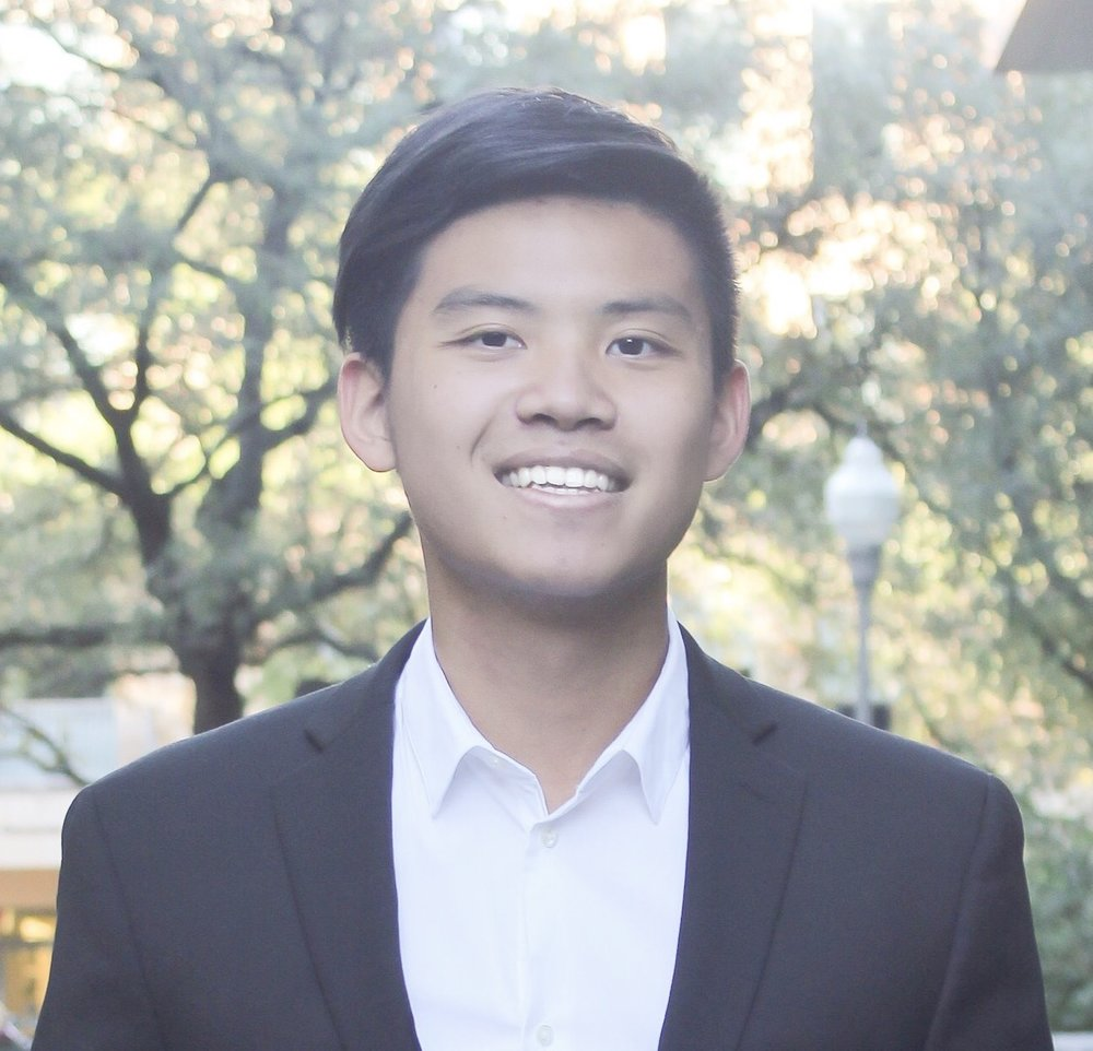 Chris Lee   Plano, TX Finance Class of 2020  Chris is a junior majoring in Finance. This past summer, he interned at Sony Pictures Studios working as a finance intern. This coming summer, he will be interning at JP Morgan in the Corporate Client Banking sector in Dallas. He is passionate about the sports and entertainment industry.