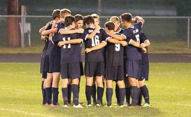 soccer-team-huddle1.jpg