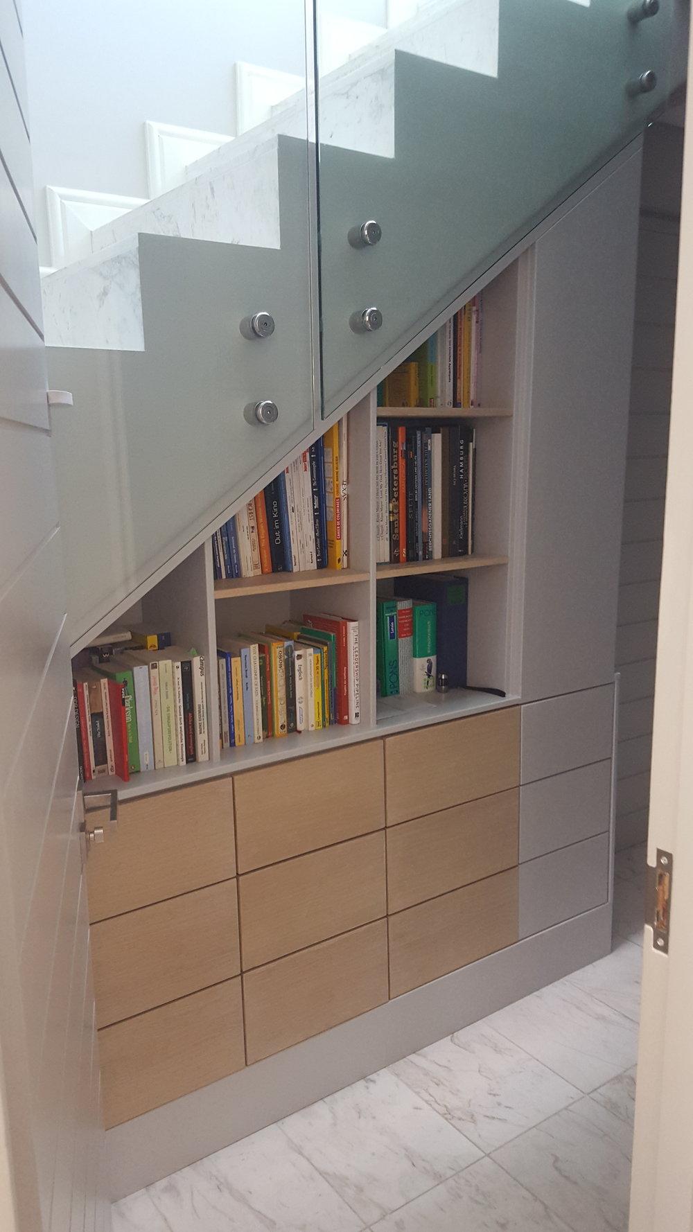Veening bookcase.jpg