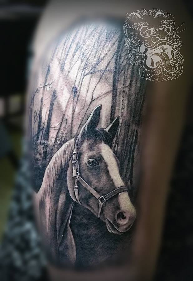 For realism tattooer, there are no sets of subject matters that have to be perfected and anything else matters. Realist has to be ready to tattoo everything that can be perceived. It is absolutely contrary to tribal or ornamental tattooing where only a few motives and conventions have to be memorized and perfected.
